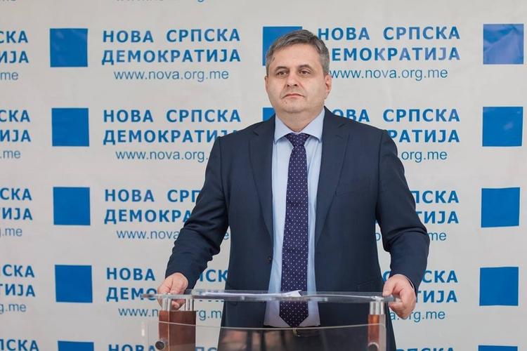Радуновић: Марковић може да                             разговара са нама само о новим изборима