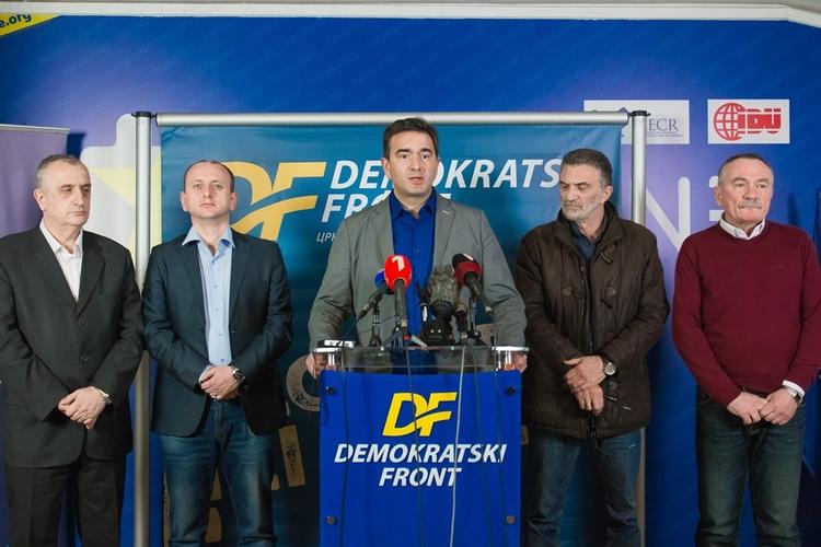 Медојевић: Хапшење лидера ДФ-а је                                                       државни удар по налогу Ђукановића