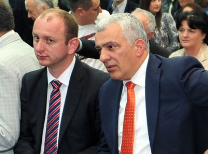 Мандић и Кнежевић указали америчким сенаторима                                                        на фалсификате Карпентера и Јиа