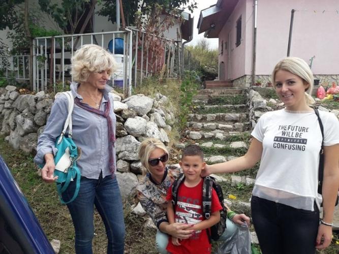 """OO Бар: Форум жена наставио акцију """"Солидарност"""":                                                      Помогли прваке и социјално угрожене"""