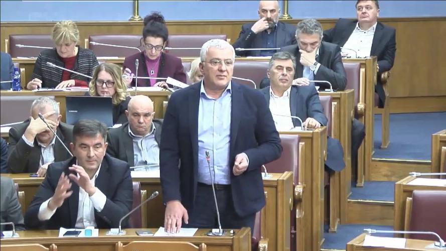 Мандић: Да се оснује анкетни одбор                         за ратну прошлост ГСТ Катнића