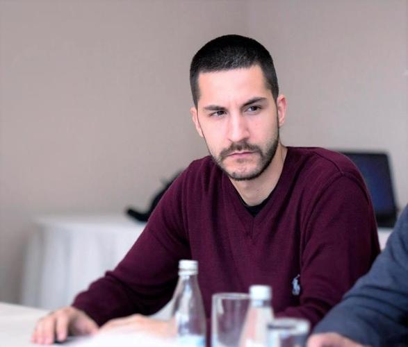 Драшковић: ДФ повратком у парламент                                                                                руши Берлински зид