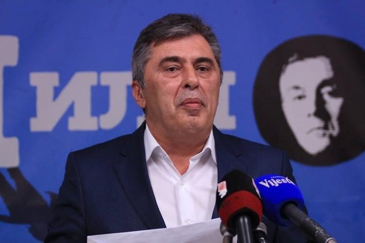 Милутин Ђукановић: Руководство Исламске заједнице                                               да се извини Медојевићу и Кнежевићу,                                                    имам Кадрибашић шири мржњу