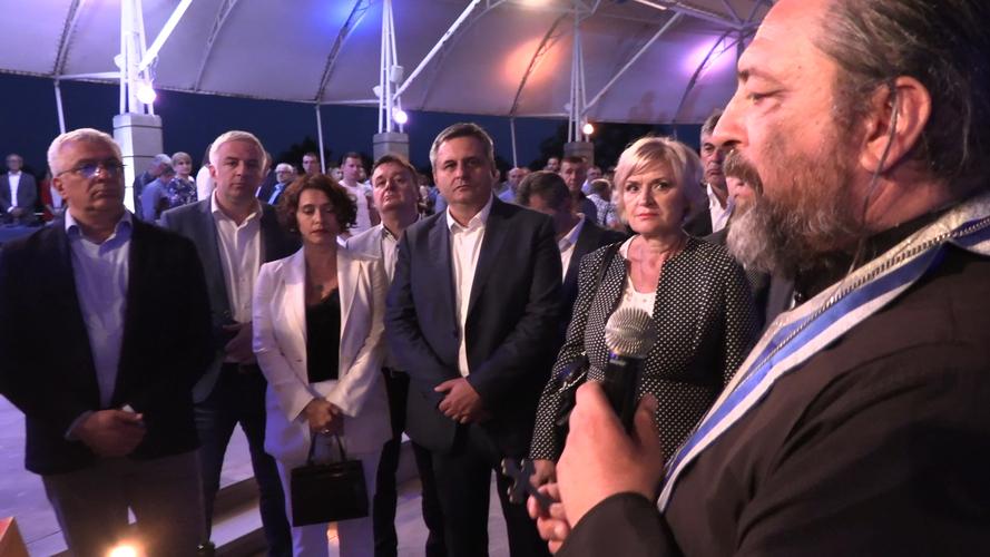Мандић: Нас ништа не може поколебати,                                                                    јер смо православни хришћани