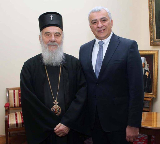 Мандић: Вјерујући народ ће                                                  бранити СПЦ у Црној Гори
