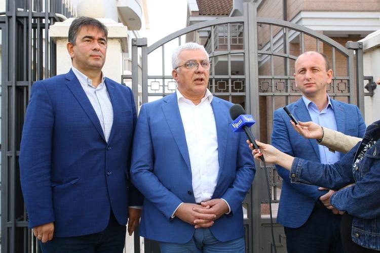 ДФ: Упутићемо иницијативу                                                           за разрјешење Ђукановића