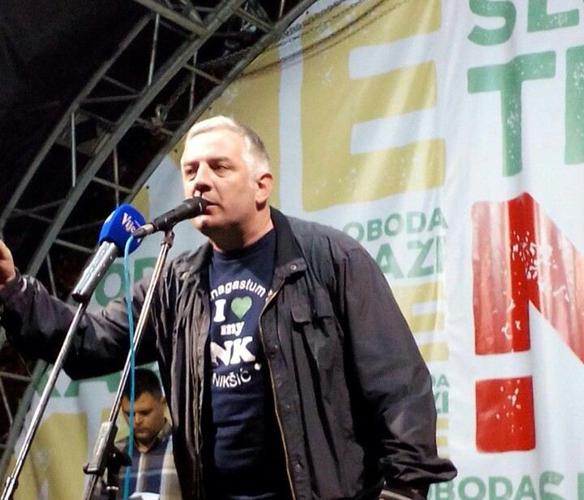 Вучуровић: Народ се отворено супротставља                                                                                    пљачки и криминалу врха режима