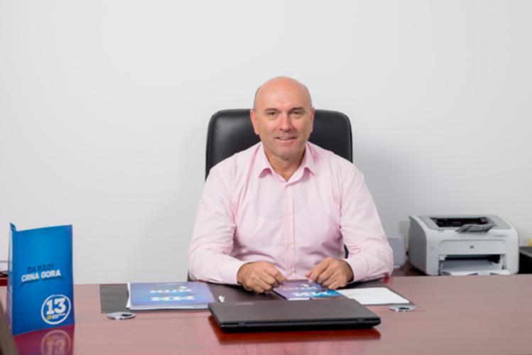 Царевић: Градоначелник Будве                                                          донирао и другу плату