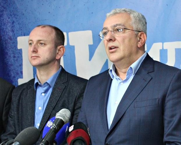 Мандићу и Кнежевићу полиција забранила                                                                           да оду на обиљежавање годишњице                                                                                             НАТО злочина